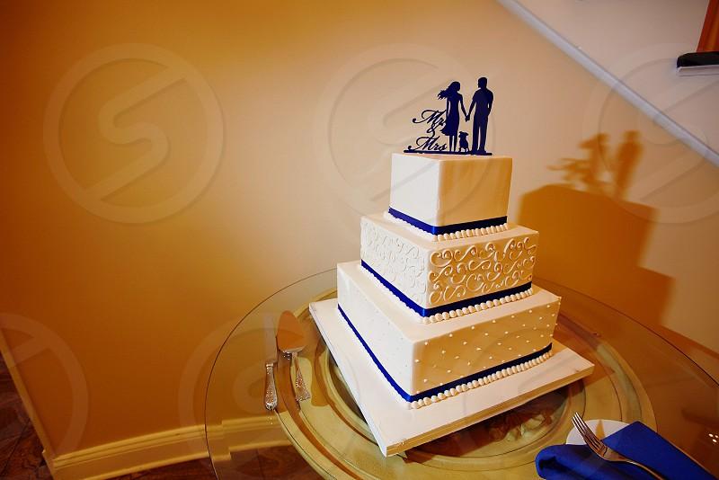 Wedding cake Mr. & Mrs silhouette topper cake topper with dog  Mr. & Mrs silhouette topper classic beautiful cake photo
