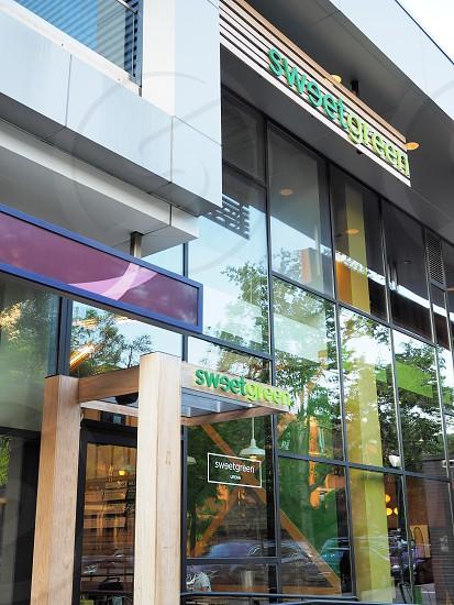 Sweetgreen - Exterior photo