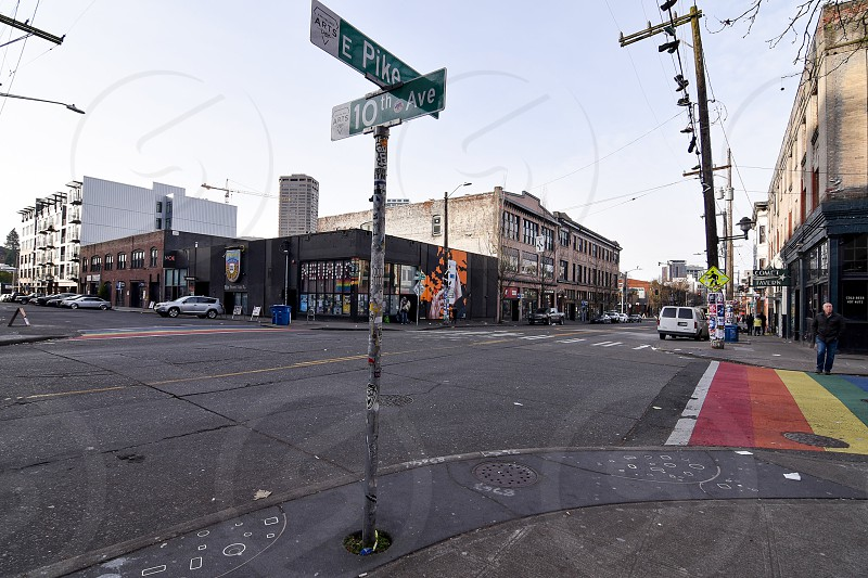 crossing of e pike and 10th avenue streets photo