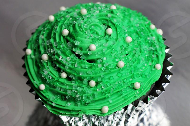 cupcake green yummy sweet frosting sugar decoration candy photo