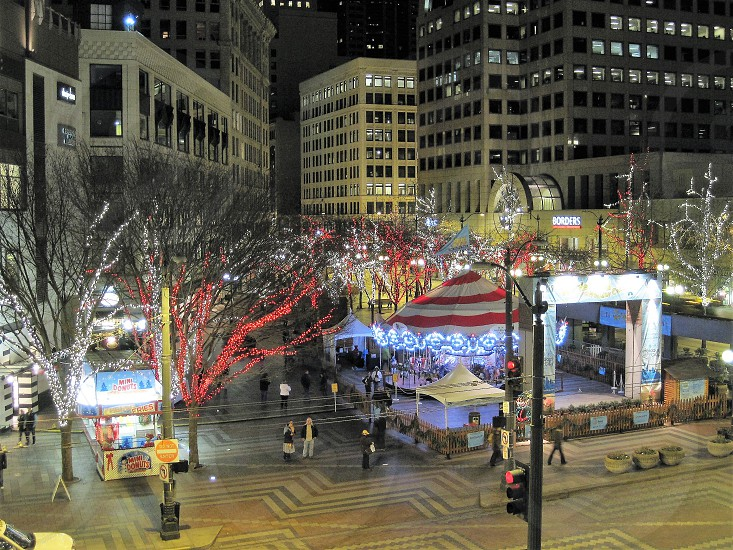 Nightlife downtown Seattle photo