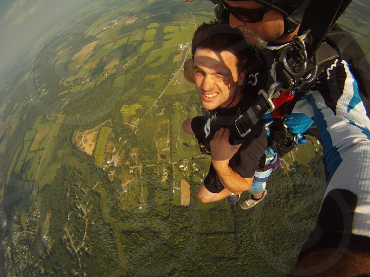 Skydive perspective photo