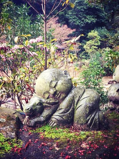 profile of child statue photo