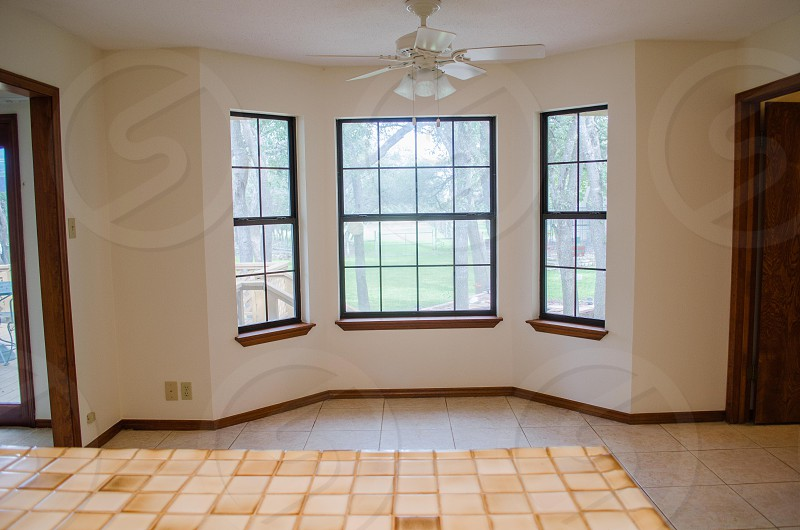 Three section bay window kitchen wall photo