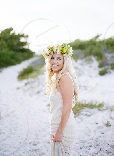 flower crown flowers beach bridal sand path photo