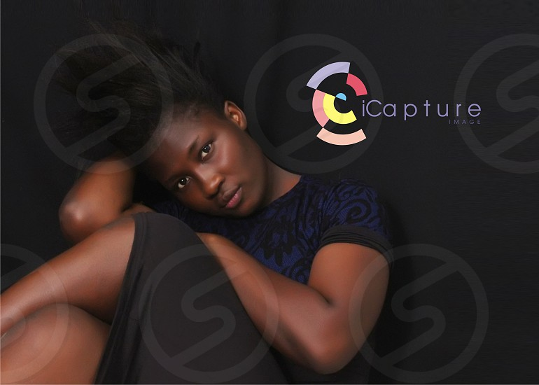 every picture with the label iCapture is mine... black got Styles photo