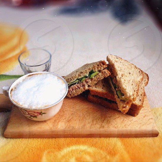 brown and white sliced sandwich and white bowl photo