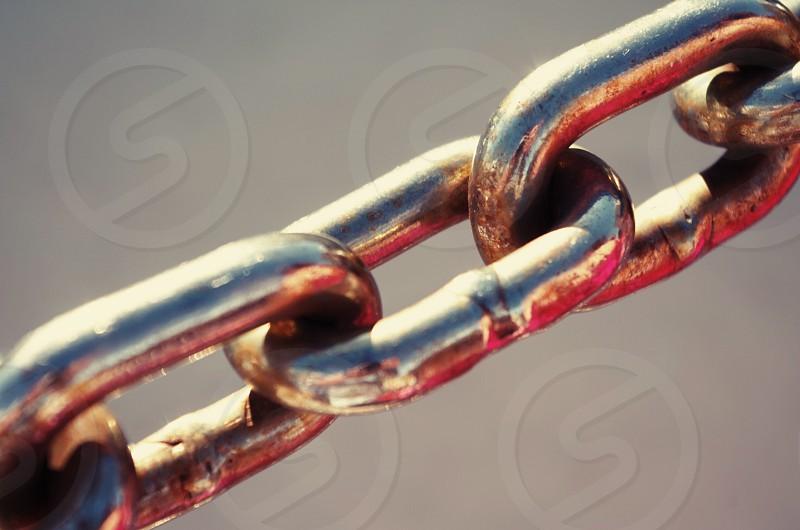 Chain macro close up shiny metal photo