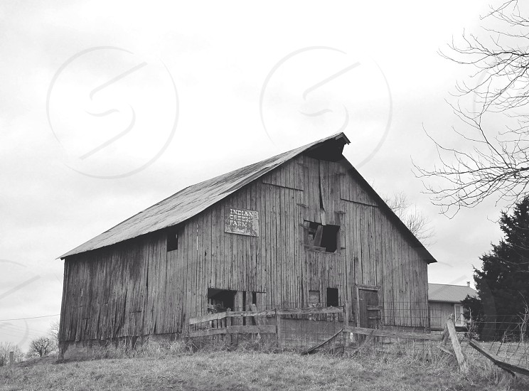wooden barn house photo