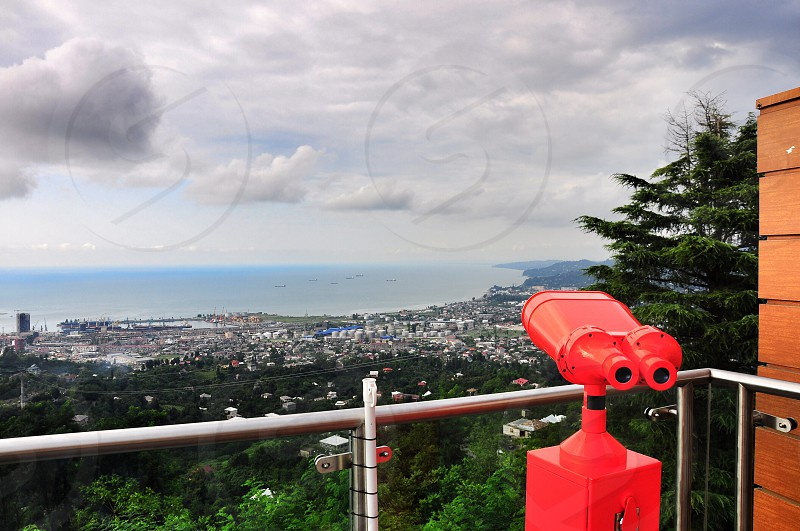 red coin scope photo