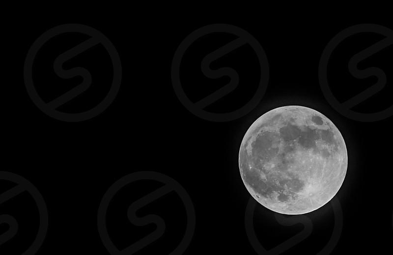 gray moon during nighttime photo