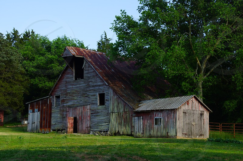 brown and gray wooden house photo