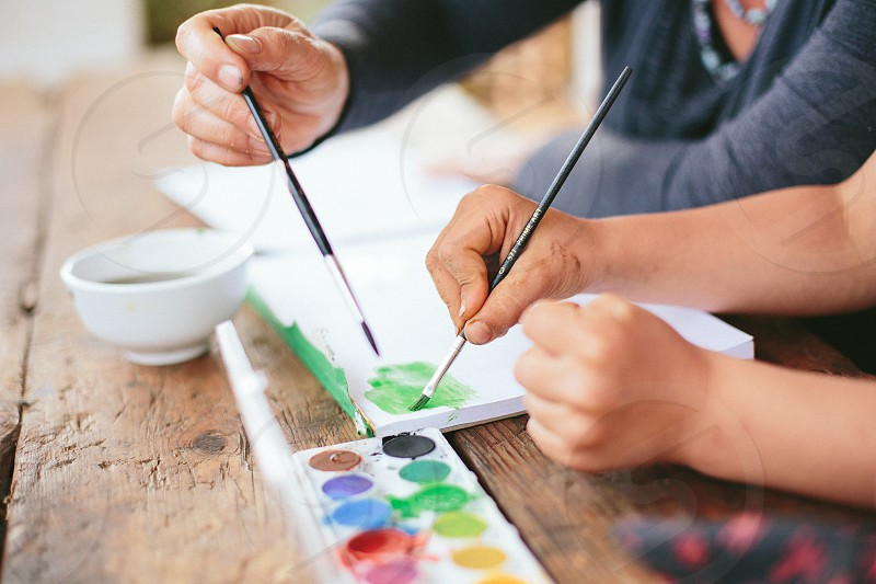 paint art painting fun craft water color water paint paint brush mother child mom kid son daughter help group activity educational learn play think grow  photo