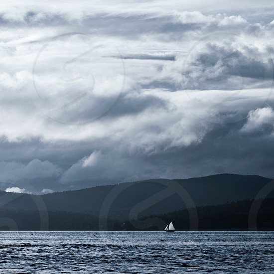 sailing boat on water photo