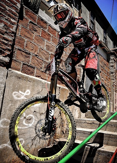 sports ride bicycle downhill action chile vca valparaiso photo