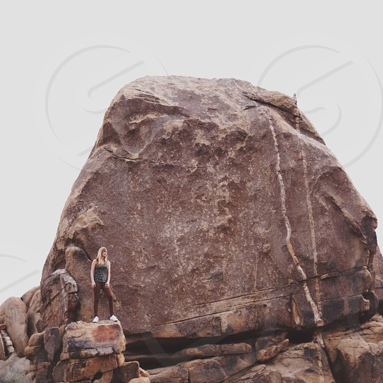 large brown rock photo