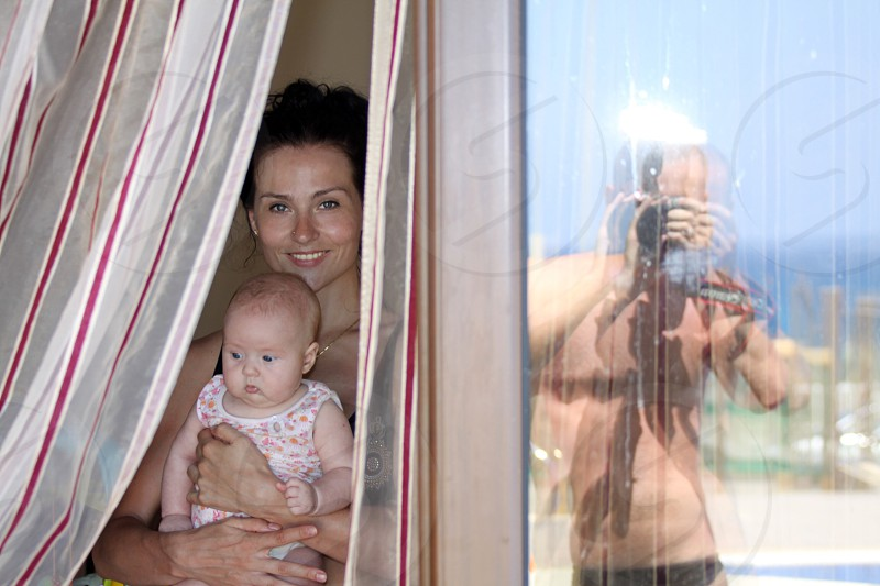 Mirror reflection  photograph  family happiness  vocation together  photo
