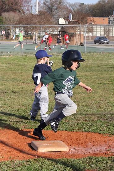 Running those bases photo