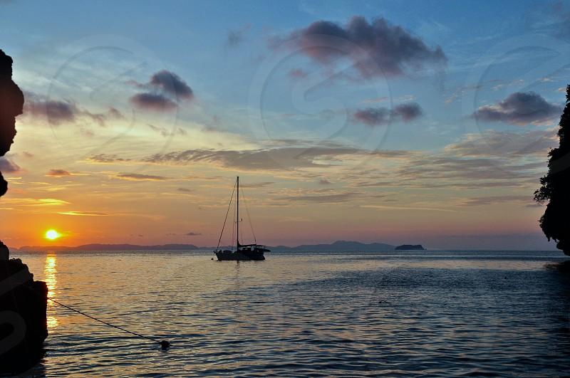 Koh Phi Phi Leh sunrise. photo