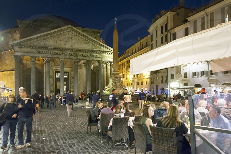 nightlife in Piazza della Rotonda (Pantheon) in Rome photo