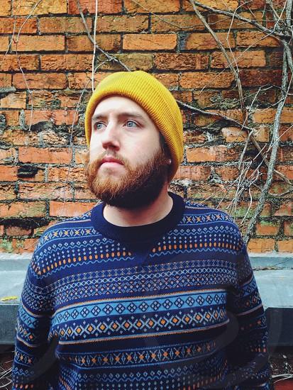 men's yellow beanie photo