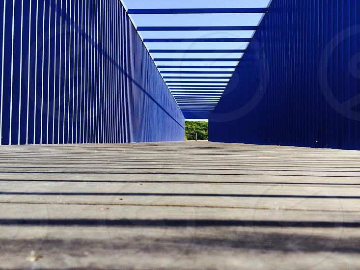 brown wooden stairway photo