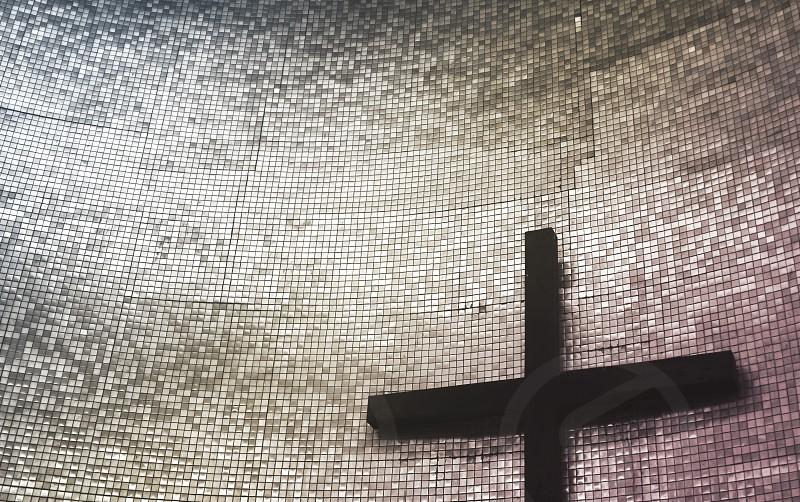 cross light church photo