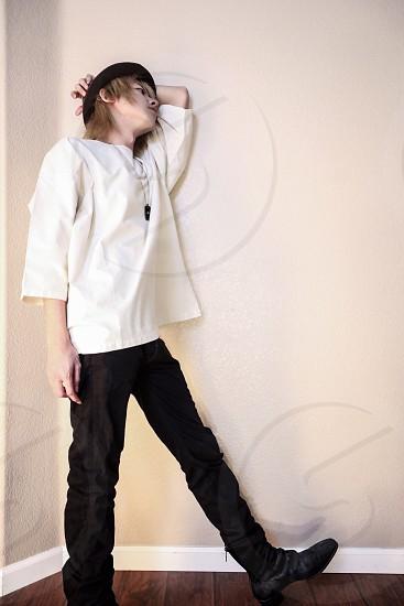 personportraitfashionmanguyAsianJapaneseleatherhatbrownpeoplemodelaccessoryshirtwhite photo