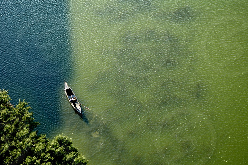 Image of a gondola from above photo