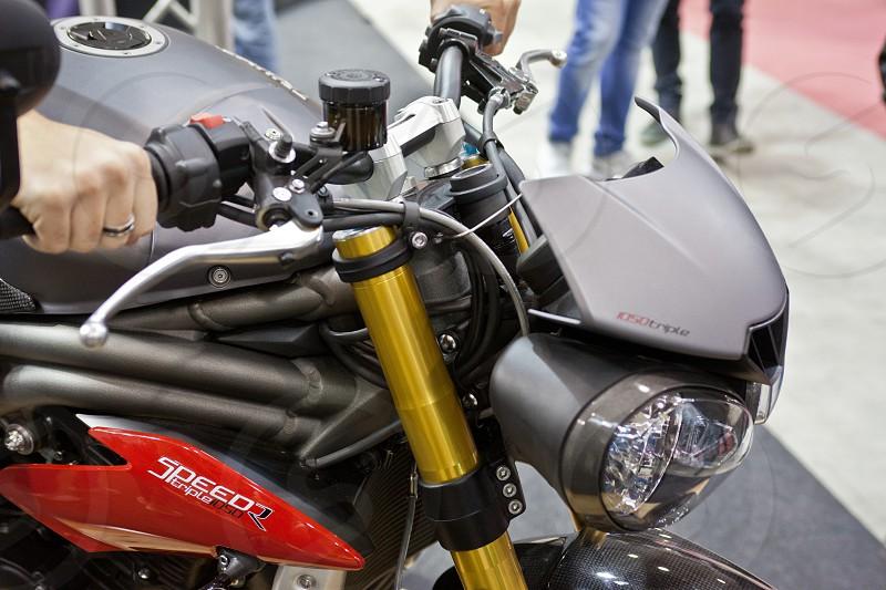 Motoday paddock girl moto metal carbon show exposition rome  photo