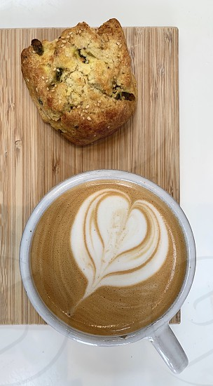 Scone latte photo