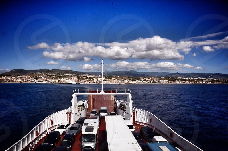 white ferry photo