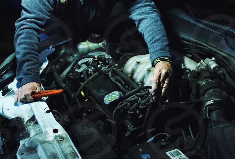 vehicle engine bay photo