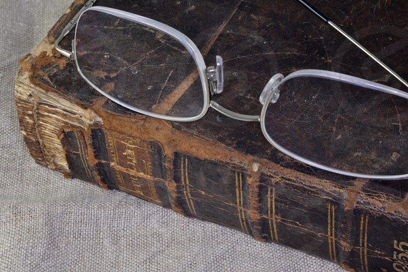 Antique Books  Carl Zeiss Jena DDR lenses  photo