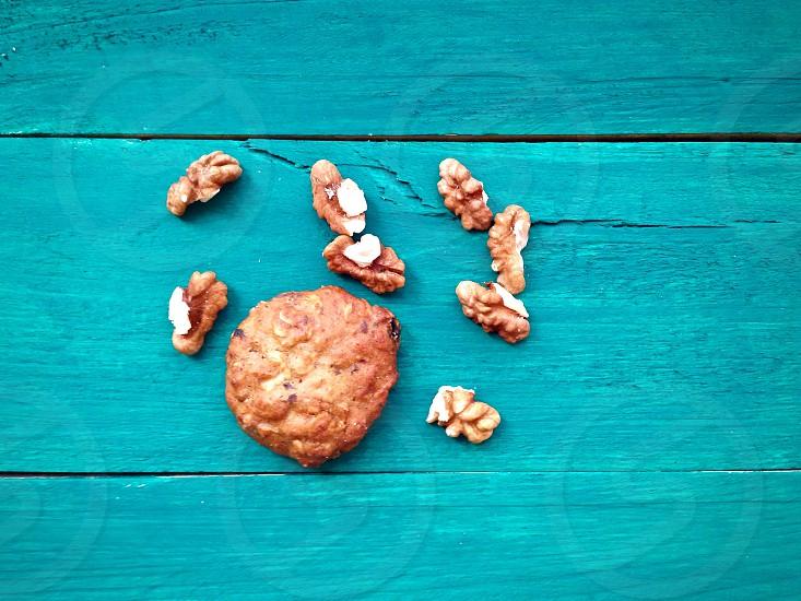 Cookies nuts wood печенье орехи дерево photo