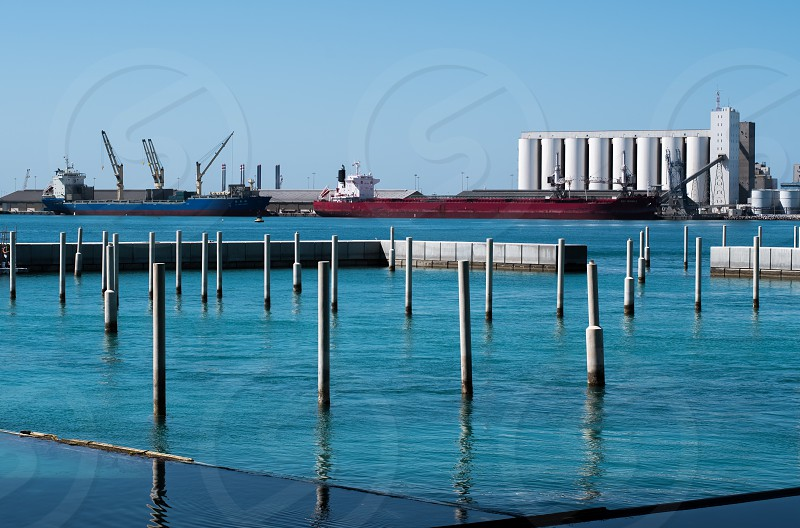 Nearby industry to the Louvre museum Abu Dhabi photo