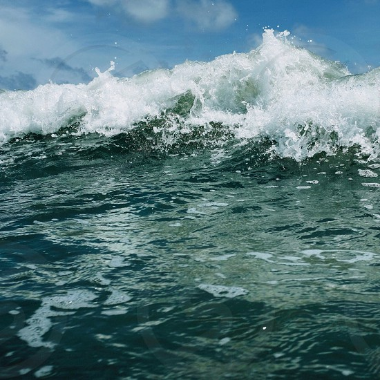seawater wave photo