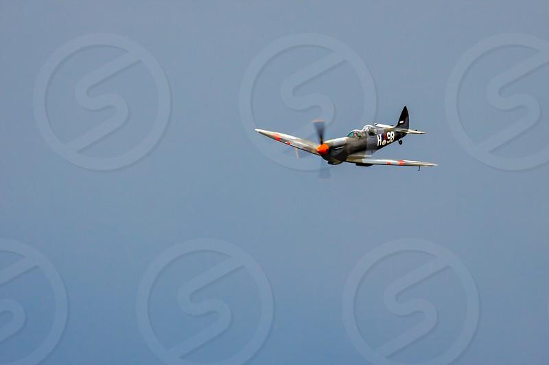 Supermarine Spitfire T9C photo