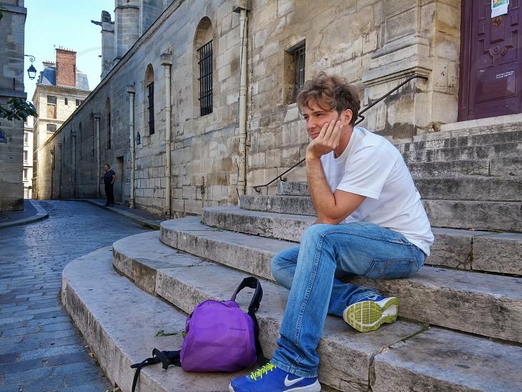 Wondering in Paris photo