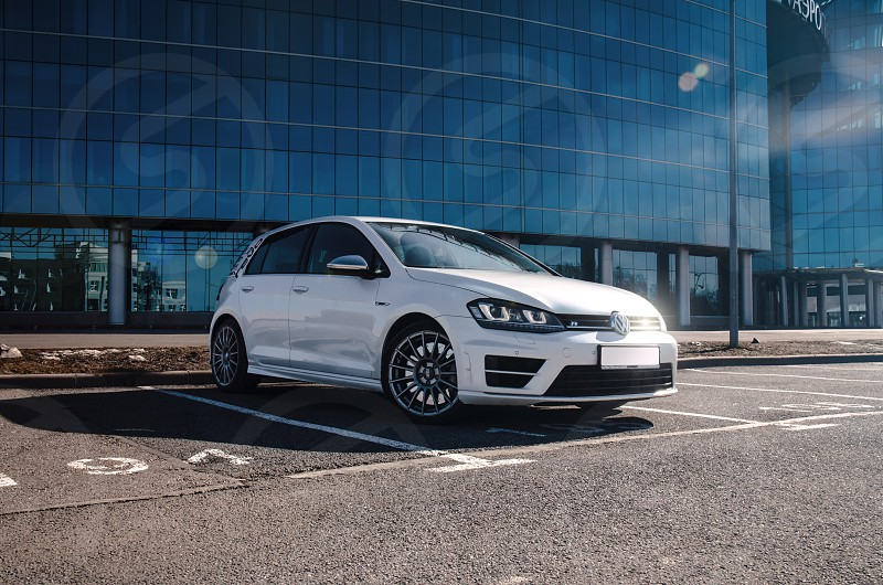 VW Golf R photo