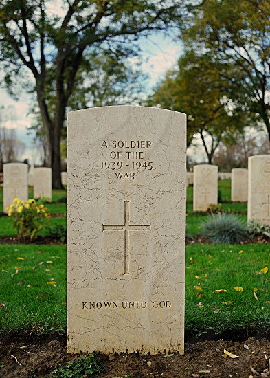 a soldier of the 1939-1945 war known unto god photo