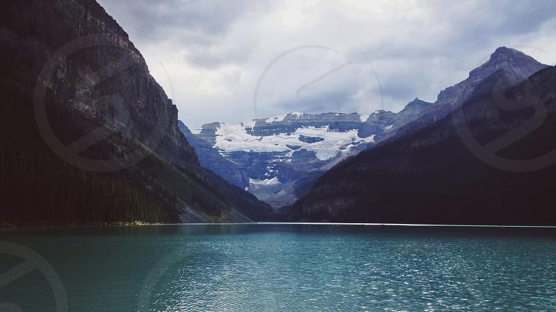 lake mountain photo photo