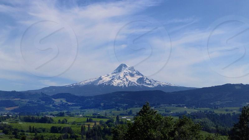 mountain view horizon photo