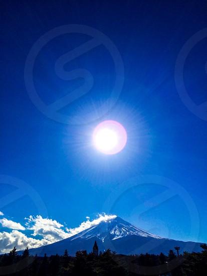 white snow top mountain photo
