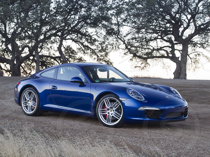 Porsche 911 - awesome sport car for everybody ! photo