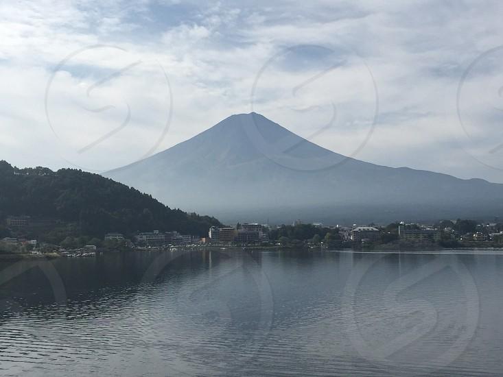 朝靄の中の富士山 photo