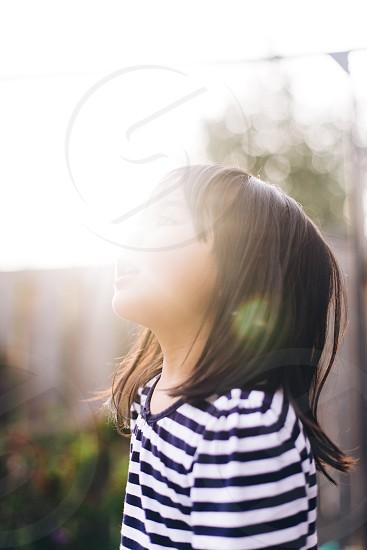kid child sun vibrant light warm kid girl portrait portraiture creative photo