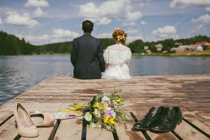 Wedding spring lake bride special moment summer love photo