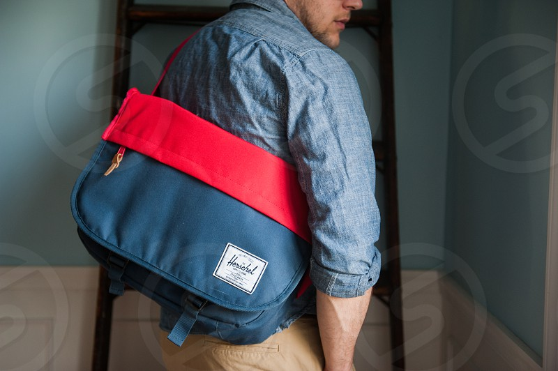 Hershel messenger bag. photo