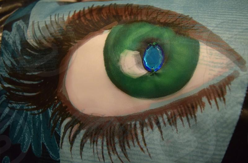 Eye gem photo